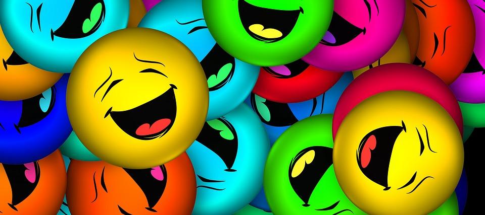 bunte Smileys, die lachen