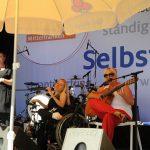 Blind & Lames Auftritt auf der Bühne